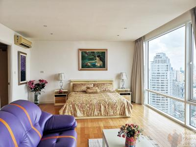 SUPERSALE: Bangkok 3rd Tallest Tower Condo with Private Helipad